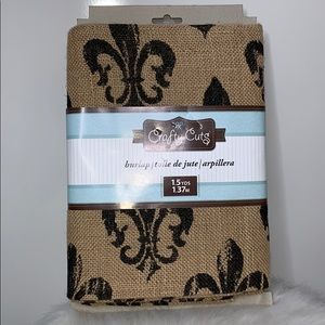 NWT CRAFTY CUTS Fleur De Lis Natural Burlap Fabric